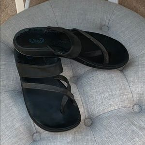 Black leather Chacos